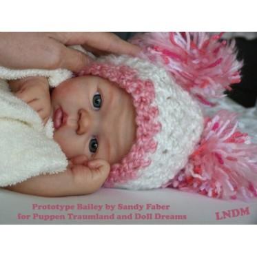 Bailey - Sandy Faber
