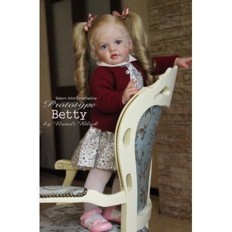 Preorder Betty - Natali Blick