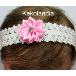 Diadema Kekolandia - Blanca con Flor Rosa  y Diamante - Modelo K24